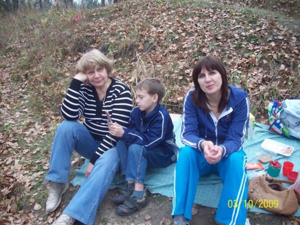 Свекровь (б.Тоня), средний сын и я
