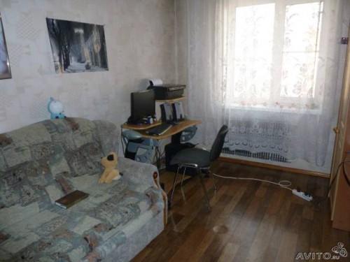 Комната, находящаяся рядом с залом