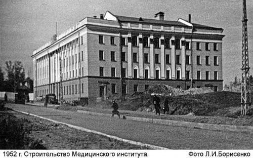 http://dom-i-uyut.ru/wp-content/uploads/2014/06/getImage-42-500x312.jpg
