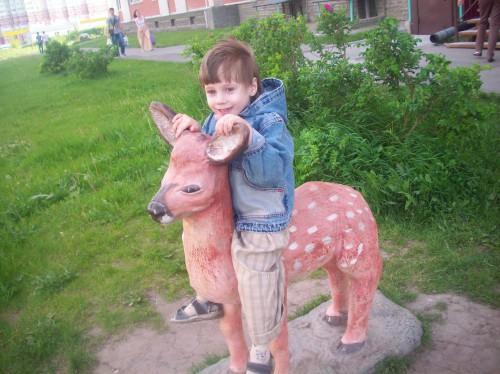 Егор на оленёнке