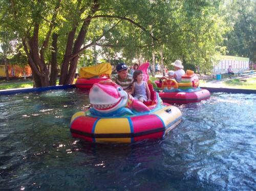 На бамперных лодках