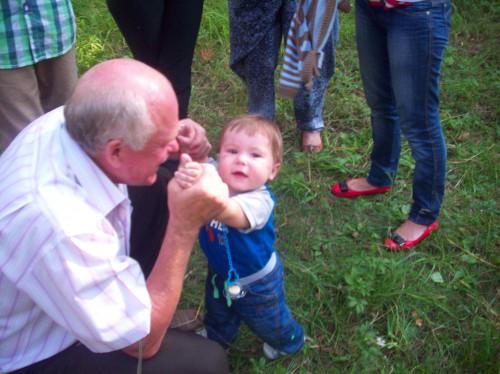 Самый маленький участник Елисей с д. Вовой