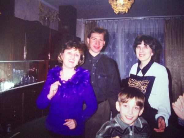 Я с мужем, сыном Артёмом и кумой Леной