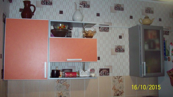 Одна сторона кухни