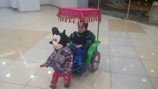 Егор на рикше